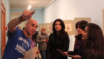 Babi Badalov at the opening of his exhibition 'The Persian Ambassador' at St. Petersburg's Freud Mus