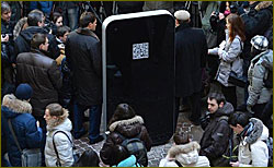 Steve Jobs gets memorial in Russia