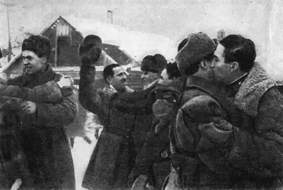 Meeting soldiers Volkhov and Leningrad fronts