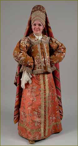Woman,s folk costume in Russia of 18th-20th centuries. 05 March - May 2014.