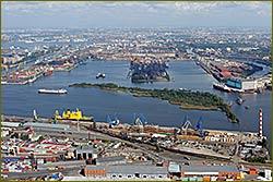Throughput of Sea Port St.Pb rose 5% in H1 to 4.3 million tonnes