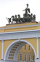 The Chariot of Glory – the sculptural composition decorating the Triumphal Arch of the General Staff